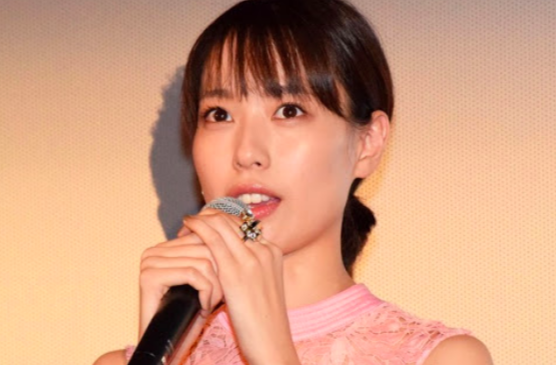 戸田恵梨香が整形で歯茎を治したのか画像で検証!!いつから治療していた?